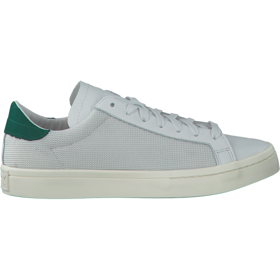 Zou jij 675 euro betalen voor deze sneakers